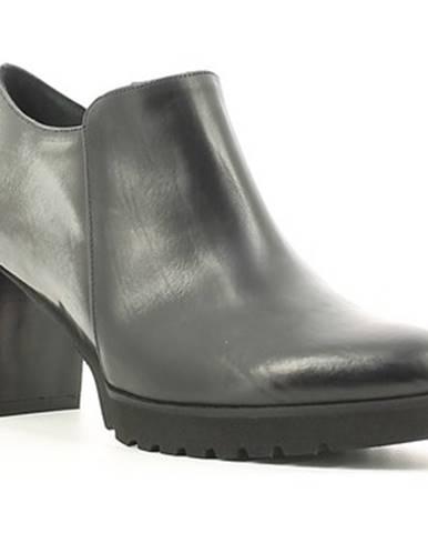 Čižmy Grace Shoes