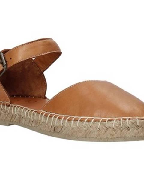 Hnedé sandále Bueno Shoes