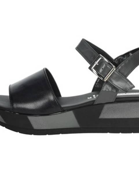 Čierne sandále Tredy's