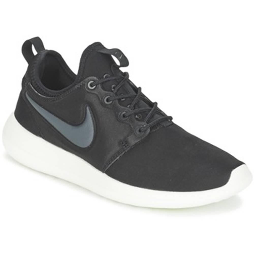 Nike Nízke tenisky Nike  ROSHE TWO W