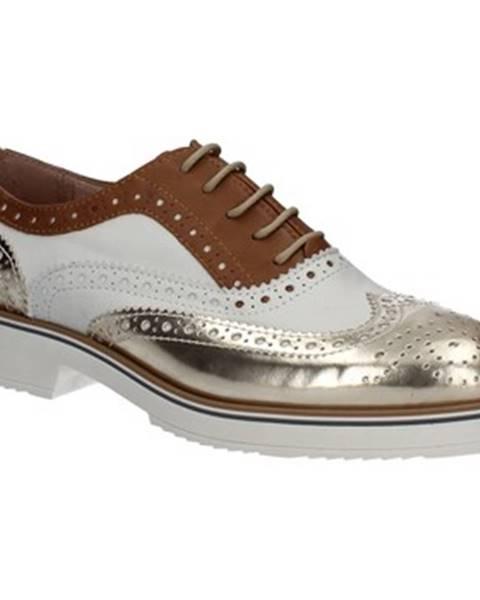 Zlaté topánky Mally