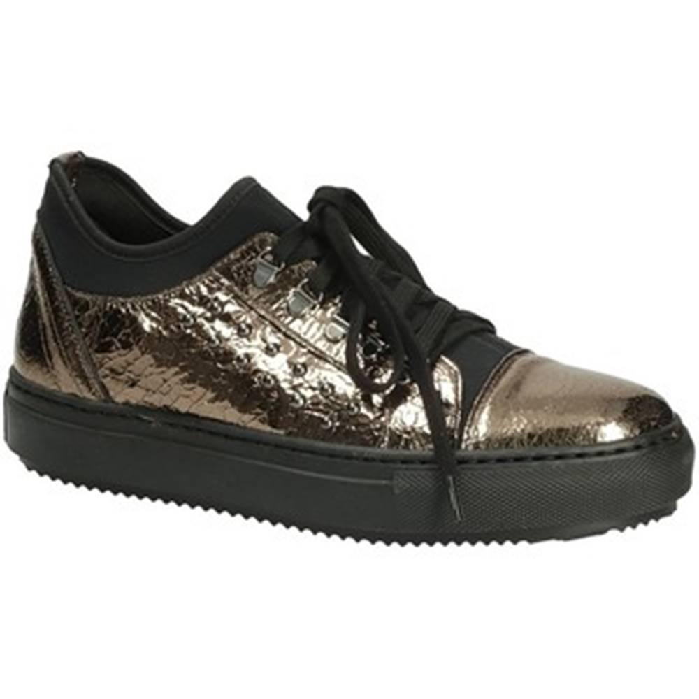 Grace Shoes Nízke tenisky Grace Shoes  26137A