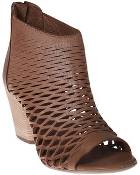 Hnedé topánky Bueno Shoes