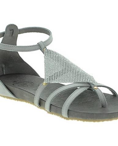Sandále 18+