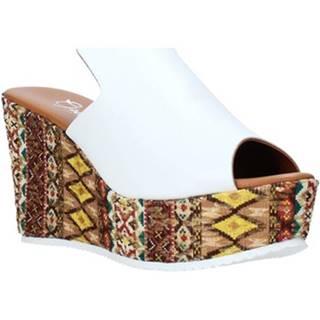 Šľapky Grace Shoes  11