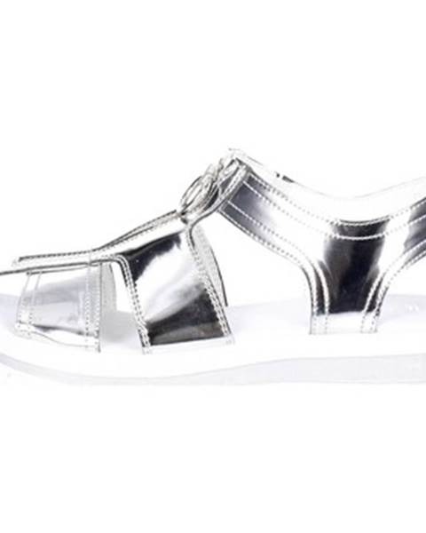 Strieborné sandále Cult