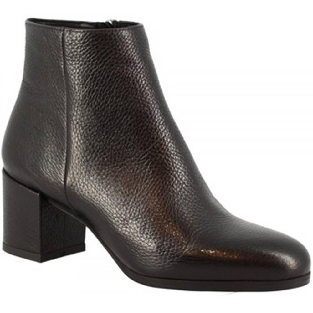 Leonardo Shoes Čižmičky  8326A DOLLARO NERO