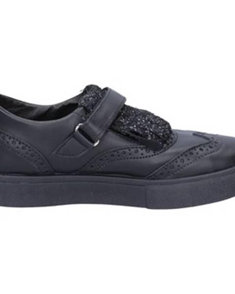 Čierne topánky 2 Stars