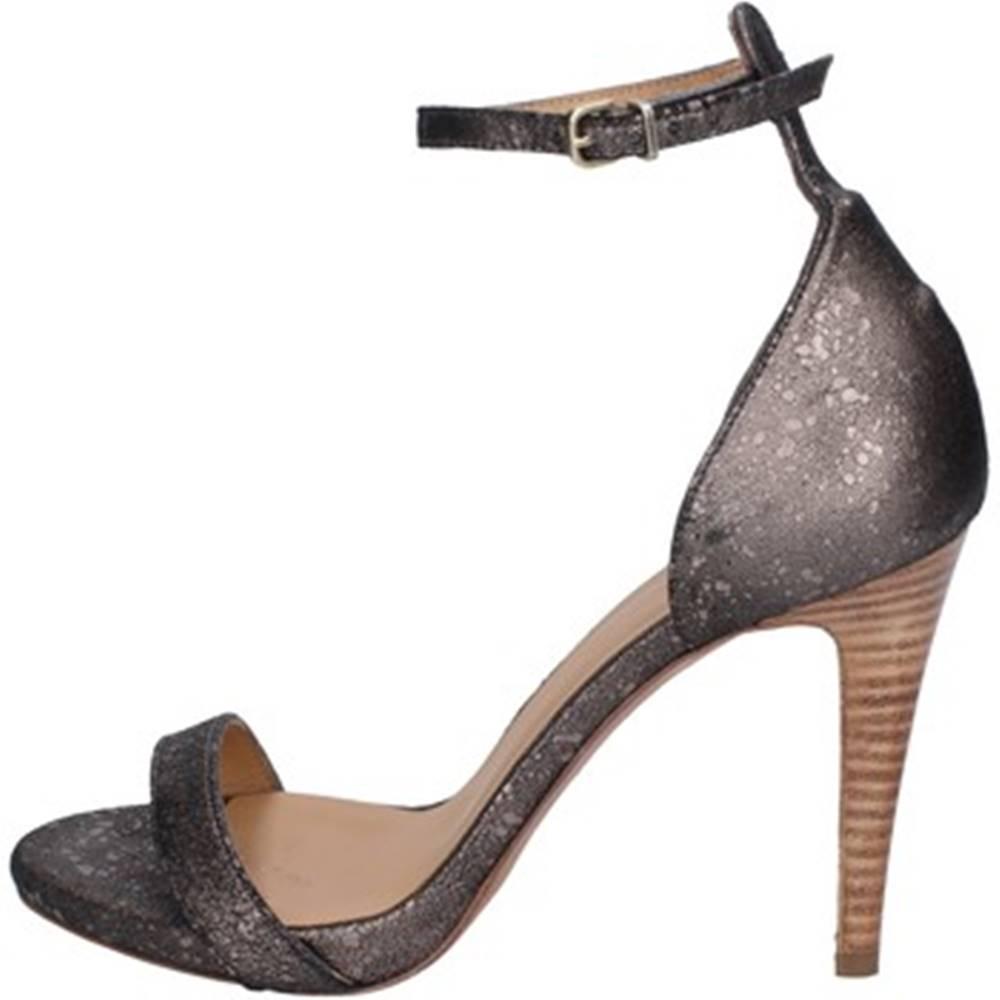 Hoss Sandále Hoss  AT924