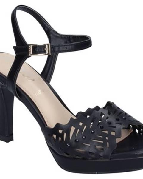 Čierne sandále Ikaros