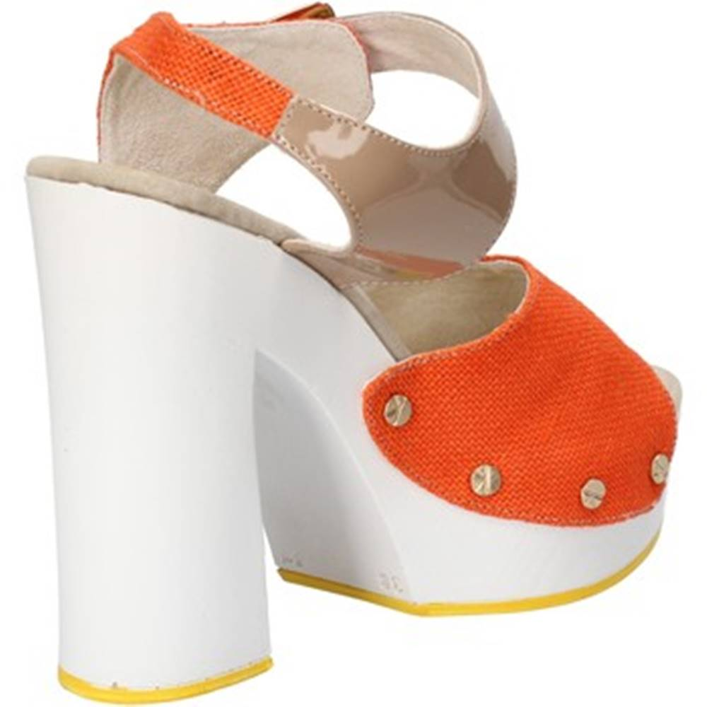Suky Brand Sandále Suky Brand  Sandále AC803