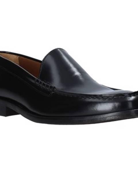 Čierne topánky Mfw