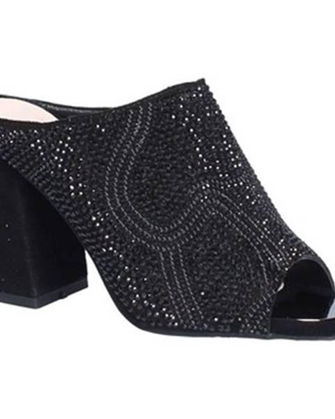 Čierne topánky Alma En Pena