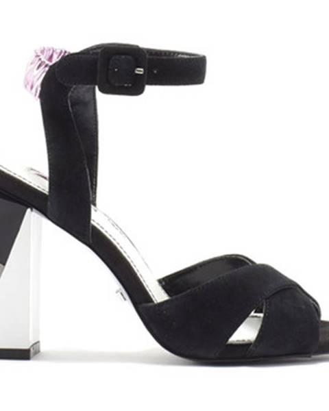 Čierne sandále Gaudi