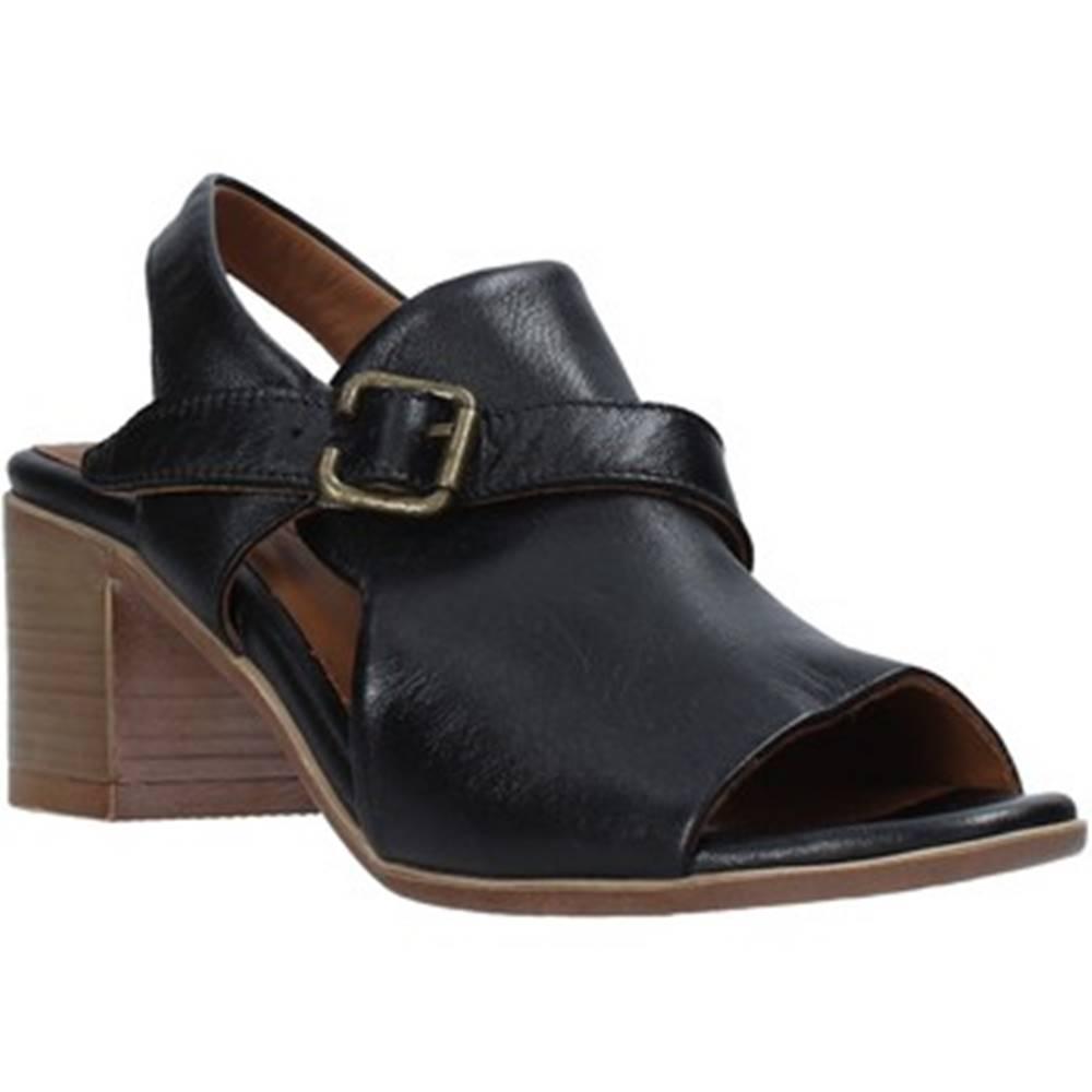 Bueno Shoes Sandále Bueno Shoes  9L102