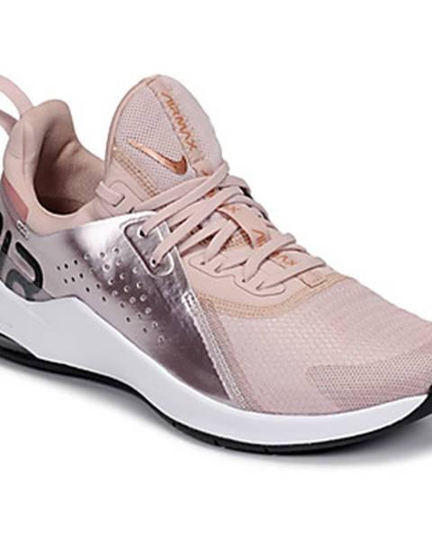 Zlaté topánky Nike