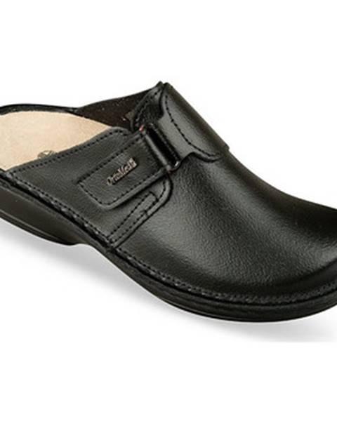 Čierne topánky Mjartan