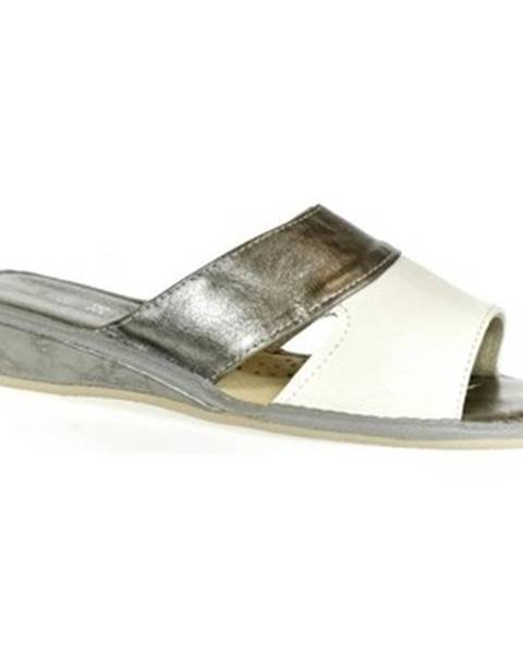 Strieborné papuče John-C