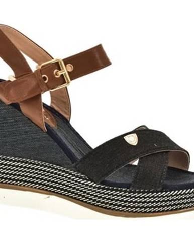 Sandále Comer
