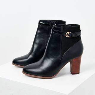 Čierne členkové topánky na podpätku CAMAIEU