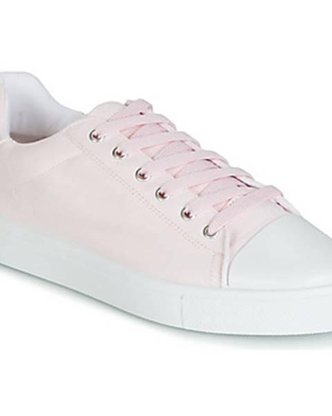 Ružové tenisky André