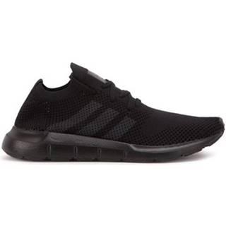 Nízke tenisky adidas  Swift Run Primeknit