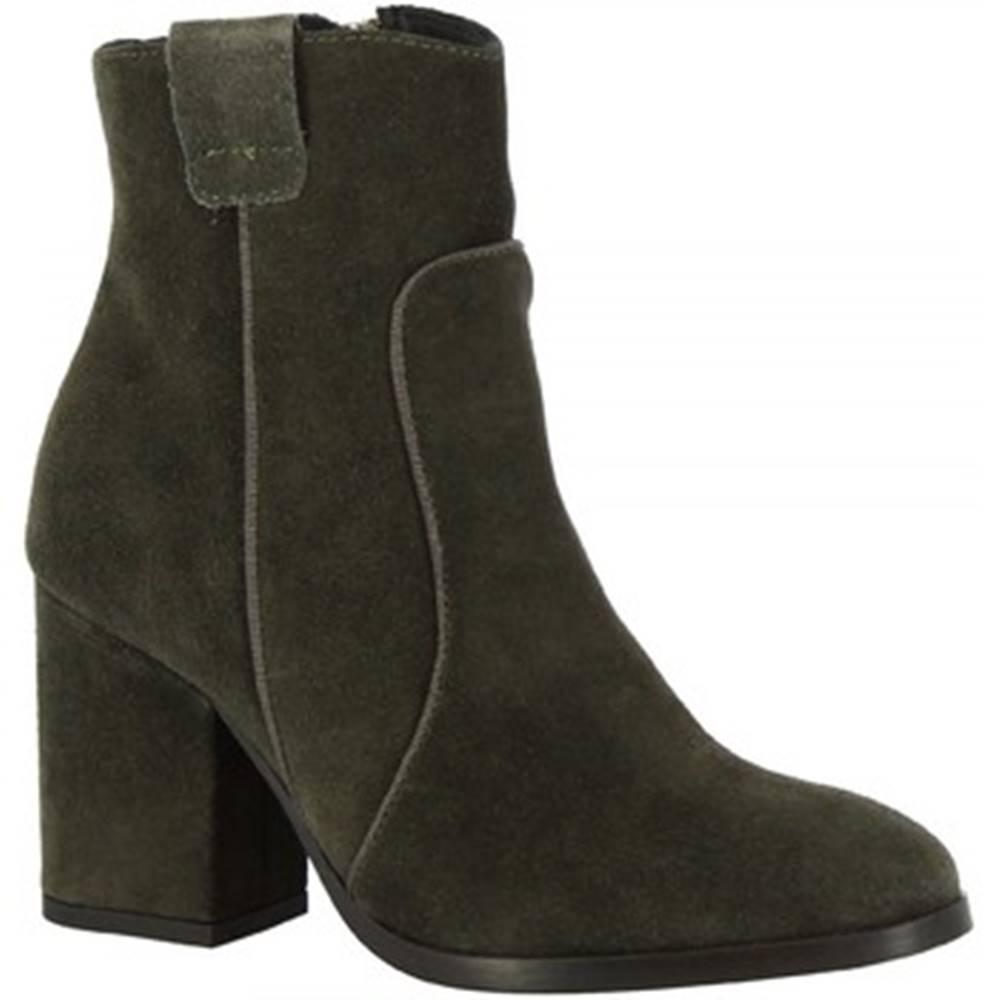 Leonardo Shoes Čižmičky Leonardo Shoes  5801/1 TRONCHETTO VELV. PEPPER GRO TOPO