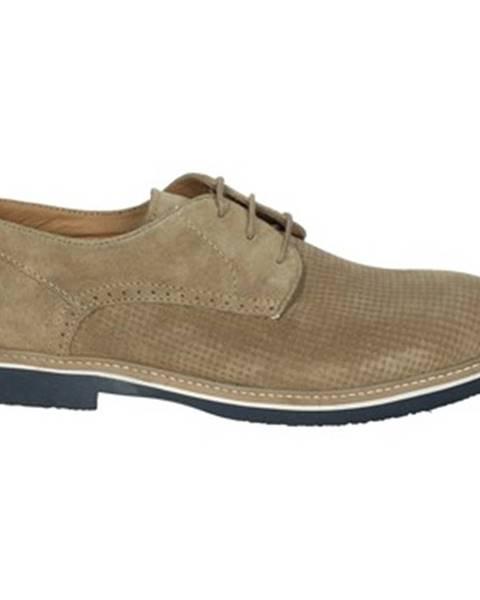 Béžové topánky Pregunta