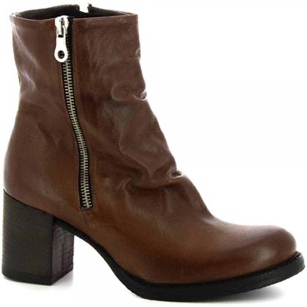 Leonardo Shoes Čižmy do mesta Leonardo Shoes  050 ROK T. MORO