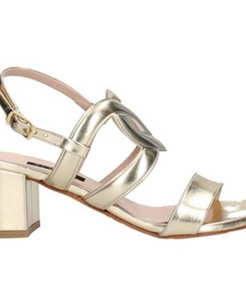Zlaté topánky Albano