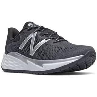 Bežecká a trailová obuv New Balance  Fresh Foam Evare