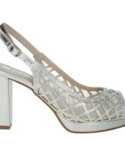 Strieborné topánky Comart