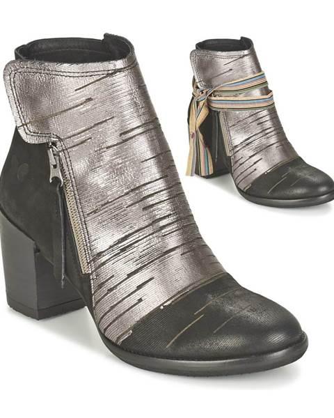 Strieborné topánky Felmini