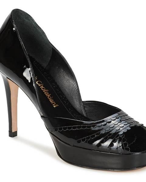 Čierne lodičky Sarah Chofakian