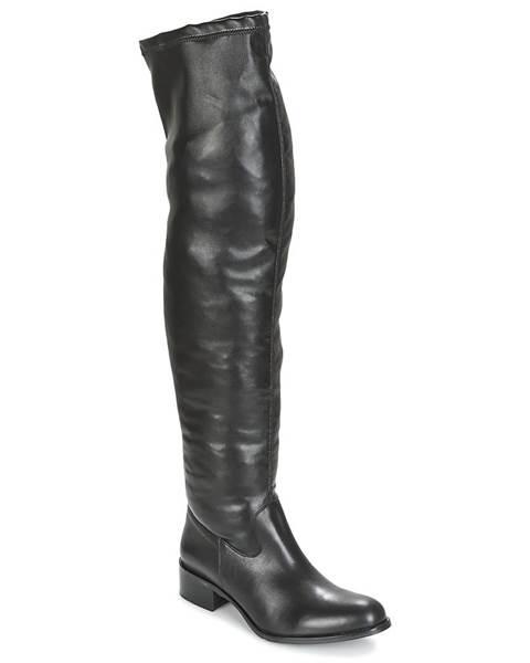 Čierne čižmy Betty London