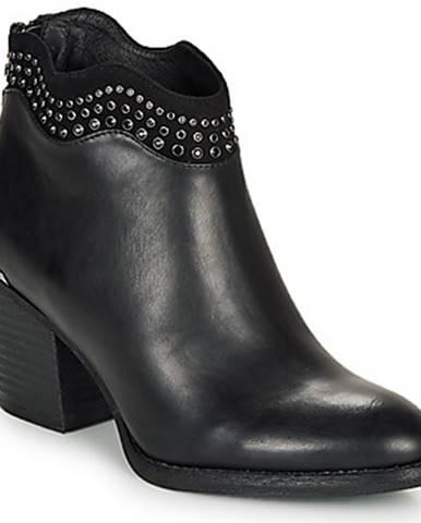 Topánky Xti