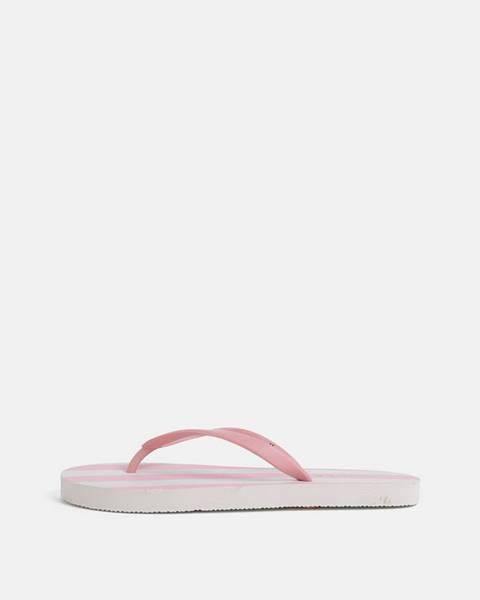 Ružové papuče Pieces