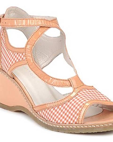 Béžové sandále Mosquitos