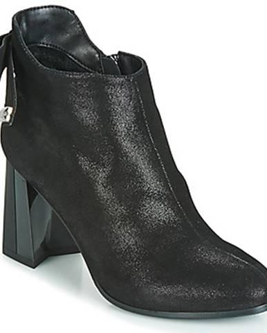 Čierne topánky Metamorf'Ose