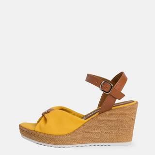 Žlté sandálky na plnom podpätku Tamaris