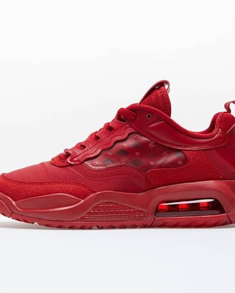 Červené tenisky Jordan