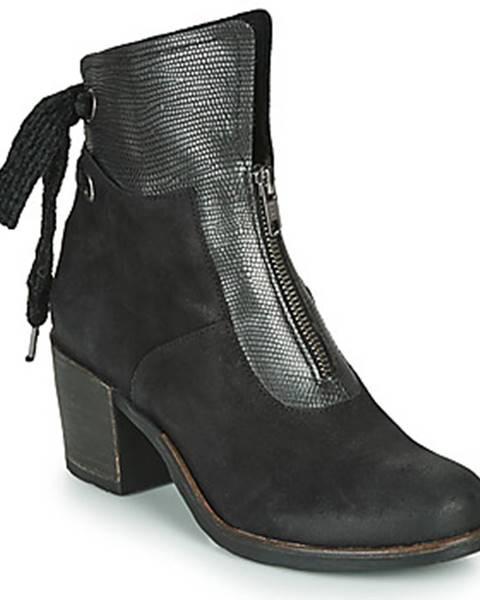 Čierne topánky Casta